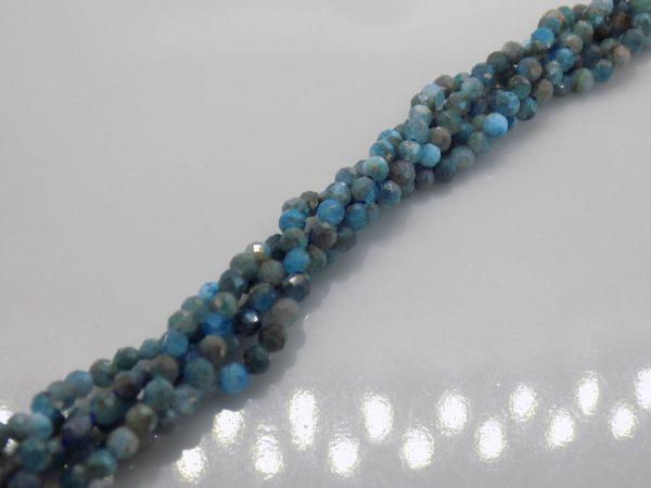 Apatite bleu marron perle et creation