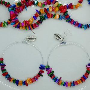 Boucles d'oreilles en perles de coquillage multicolore